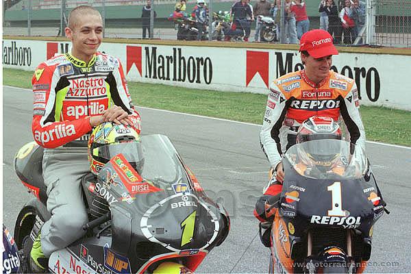17.GP-Argentinien-1999_Valentino-Rossi-250ccm---Alex-Criville-500ccm_World-Champions___.jpg